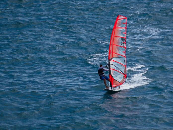 punta_delgado_azores_wind_surfer_d75_0473_resize