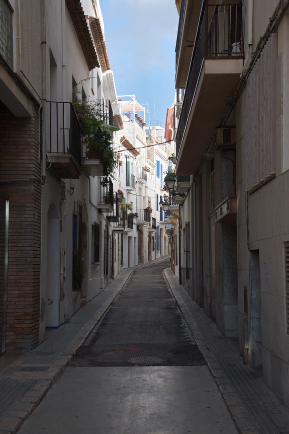 stiges_spain_narrow_street_d75_0291_resize