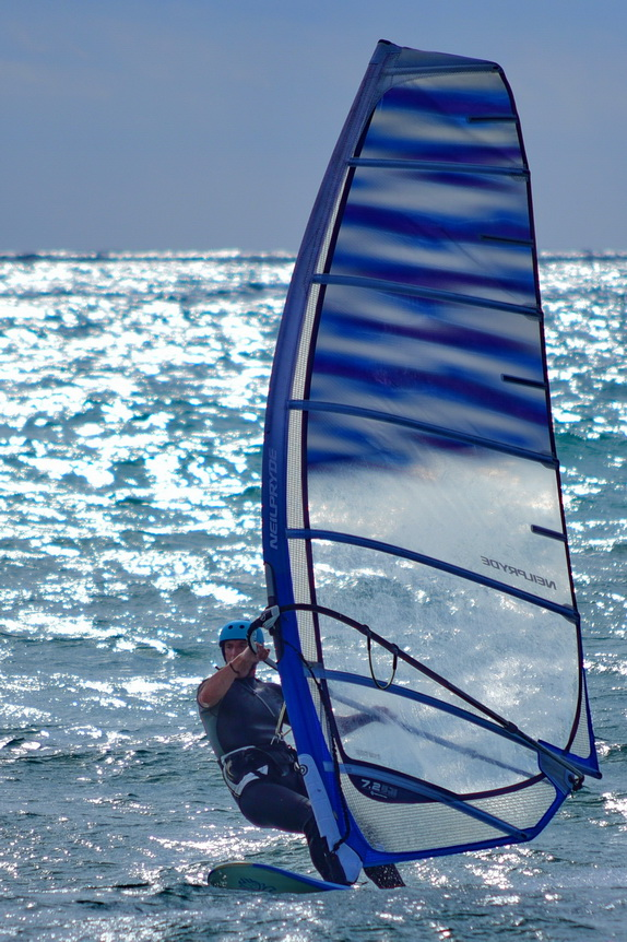 stiges_spain_wind_surfer_vertical_d75_0406_resize