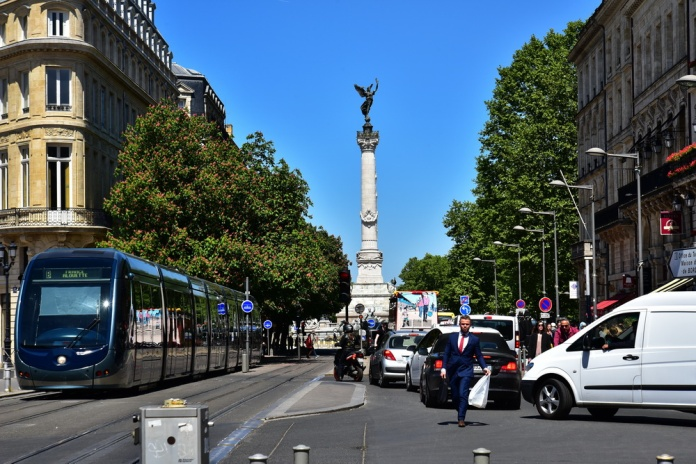 AAA_Bordeaux_750_3072s_resize