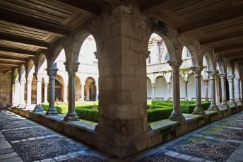 04132018_Douro_River_Lamego-Portugal_CloisterX_750_6269_resize