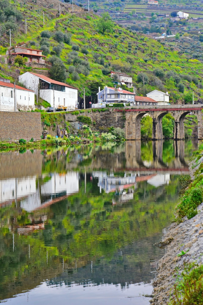 04142018_Pinhao-Portugal_River-Pinhao_750_6439_resize